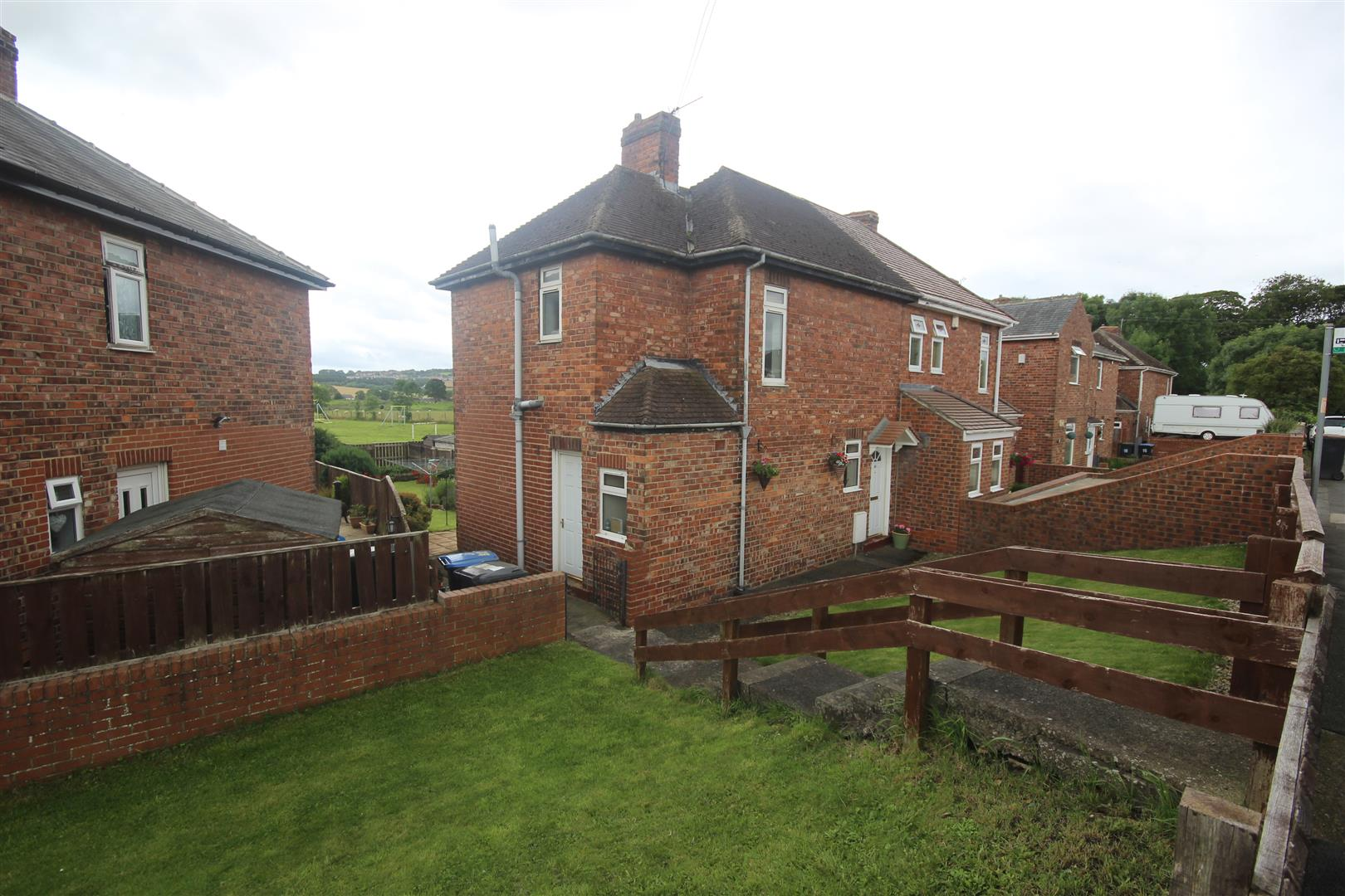 2 Bedrooms Property for sale in Manor View, High Pittington, Durham